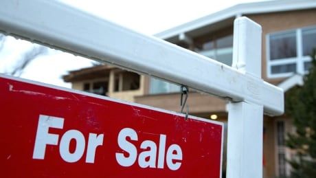 More mortgage brokers allegedly involved with shadow lender, says provincial regulator