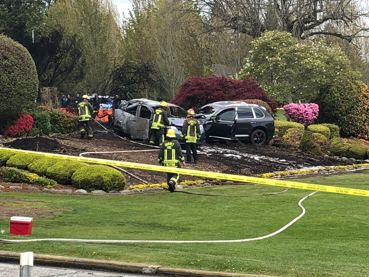 Peace Arch border crossing reopens after fatal fiery crash