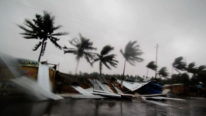Powerful Cyclone Fani Kills Almost 30 People in India, Bangladesh