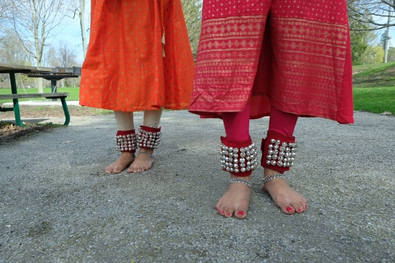 These Twins Are Preserving An Ancient Indian Classical Dance In London Cbc News