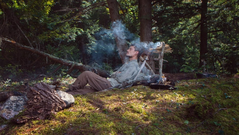 Surviving In The Wild How To Make Smoke Sticks For A Natural Way