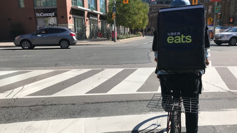 Uber Eats announces insurance for bike couriers in Ontario ...