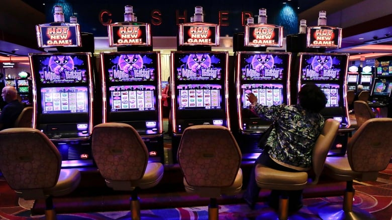 All Ontario casinos to close temporarily amid COVID-19 outbreak | CBC News