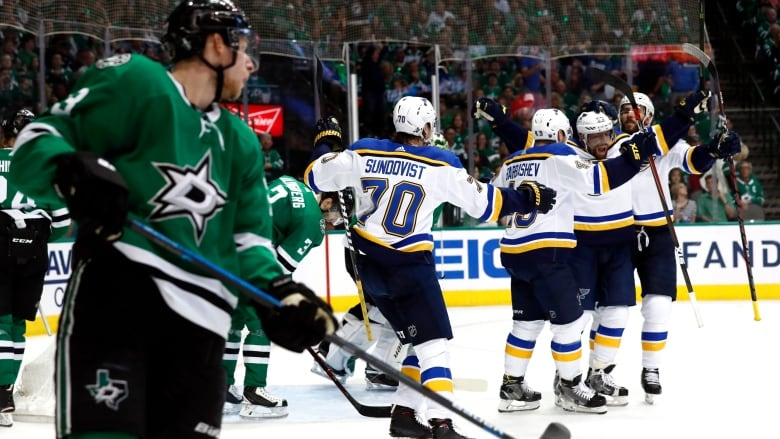 Blues Power Past Stars To Force Game 7 Cbc Sports