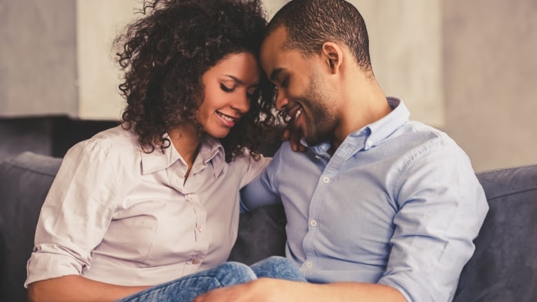 how long after dating should you wait to say i love you