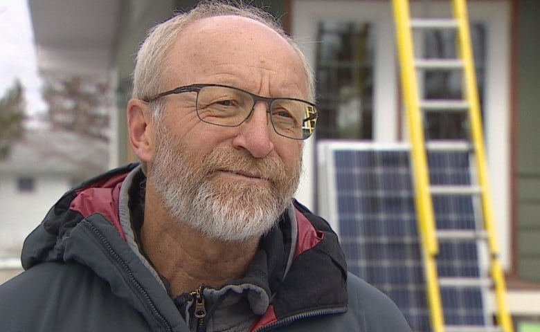 Industry worried new Alberta government will cancel solar-power rebates