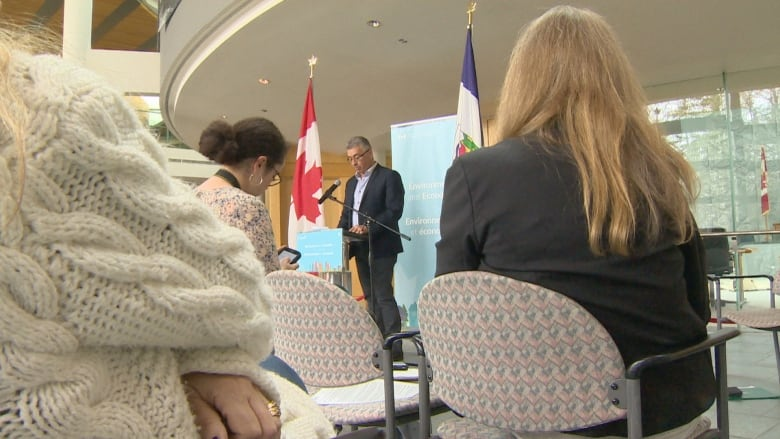 Federal government invests $8M to help N.W.T. organizations go green