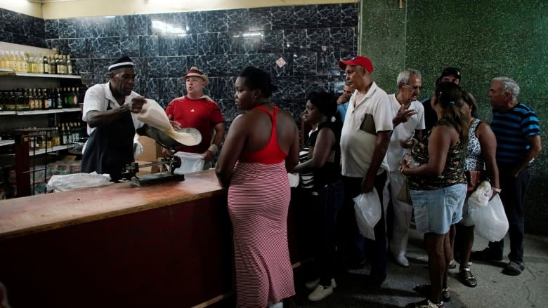 Cuban police break up Havana LGBT rights march