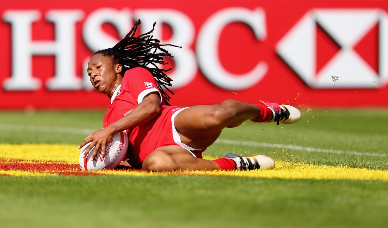 650f46e9c3c4fa Canada advances to Cup quarters at World Rugby Sevens Series on home soil