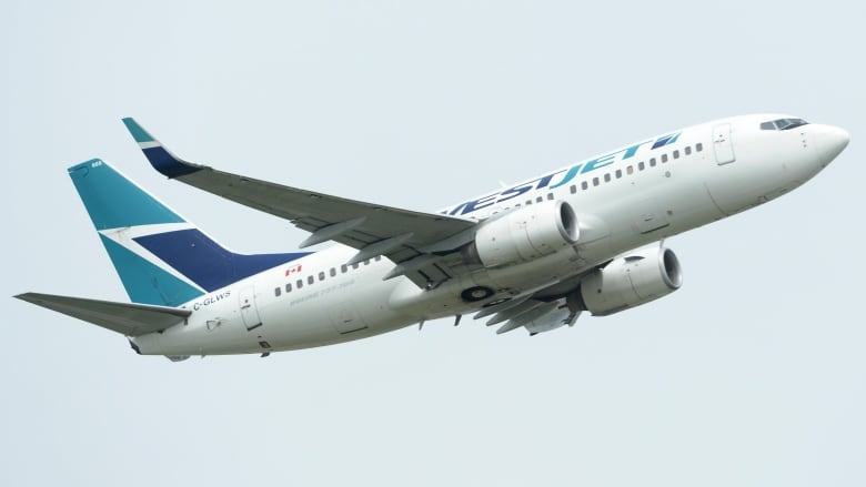 WestJet slashes Support to Atlantic Canada and Quebec City thumbnail