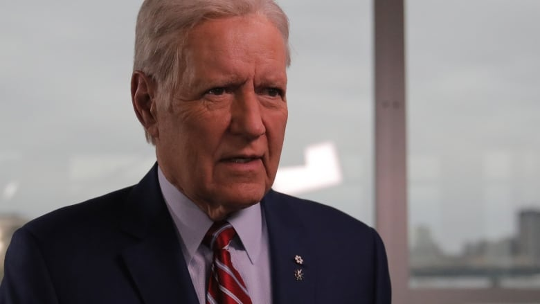 Alex Trebek credits being Canadian for toughness in face of cancer