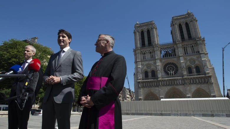 Trudeau offers Canadian steel, wood to rebuild Notre Dame Cathedral in Paris