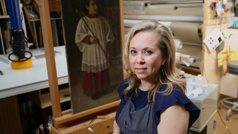 Art restoration expert unveils secrets behind old paintings at the