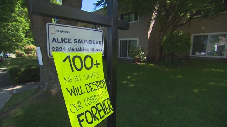 Vancouver seniors facing 'demoviction' oppose new affordable housing building