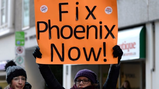 PSAC members to receive $2,500 in compensation for Phoenix pay system failures | CBC News