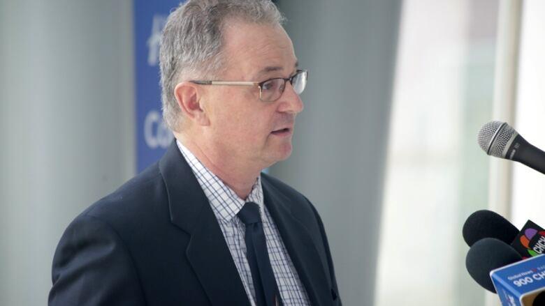 Juravinski gets money for new stem cell unit, just as agency warns