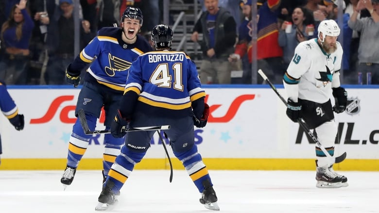 Blues eliminate Sharks, advance to Cup final for 1st time in 49 years
