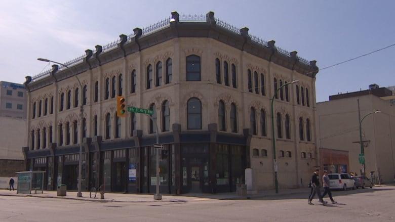 Developer turns back time on Winnipeg's 136-year-old Fortune Block
