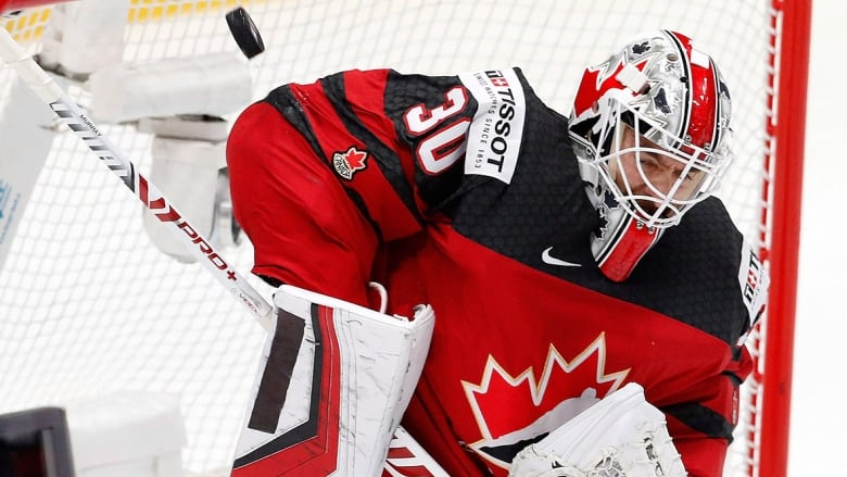 Matt Murray leads Canada to gold-medal game against Finland