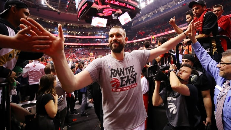 check out eac75 b9415 Toronto s Marc Gasol just laughs off any suggestion that the Raptors are at  a disadvantage because most of the team was drafted lower than the Golden  State ...