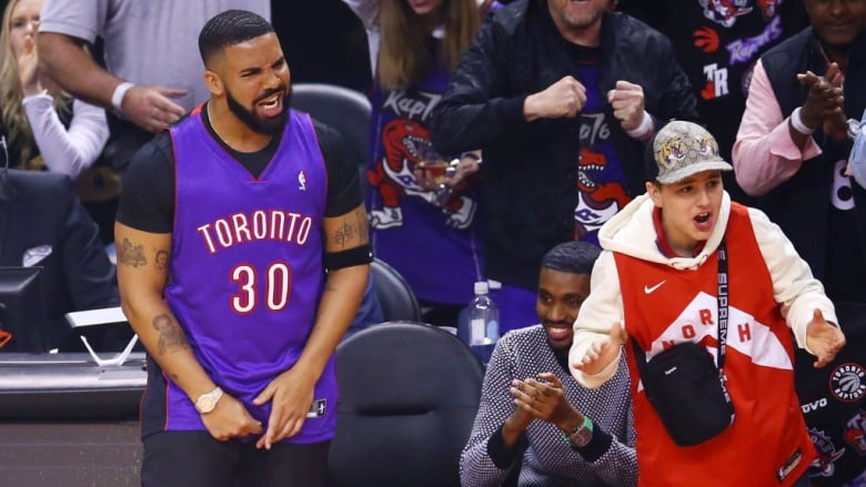 brand new db533 e7adc How Drake found the 'ultimate troll jersey' for Game 1 of ...
