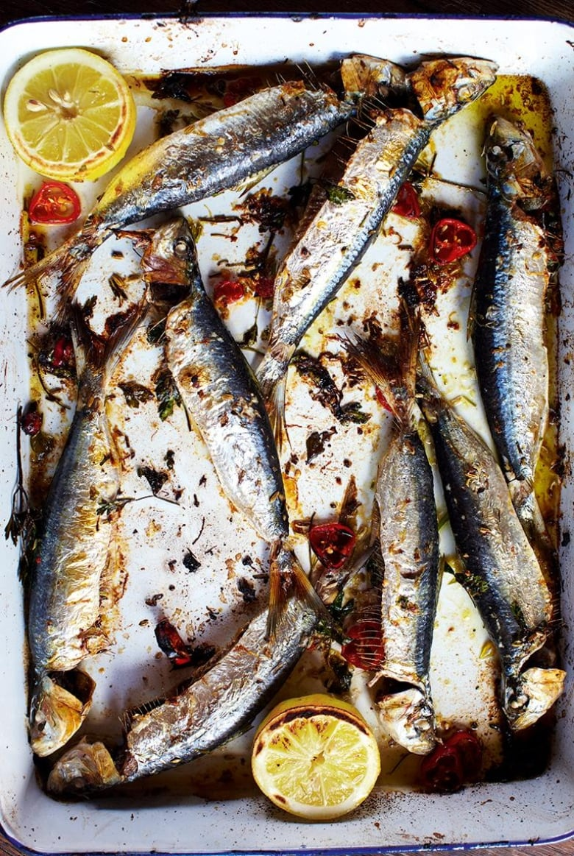 Jamie Olivers 30 Minute Meals Grilled Sardines Crispy