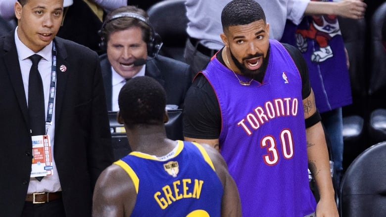 best service 75d54 d342d Draymond Green doesn't mind beef with Drake: 'It's fun for ...