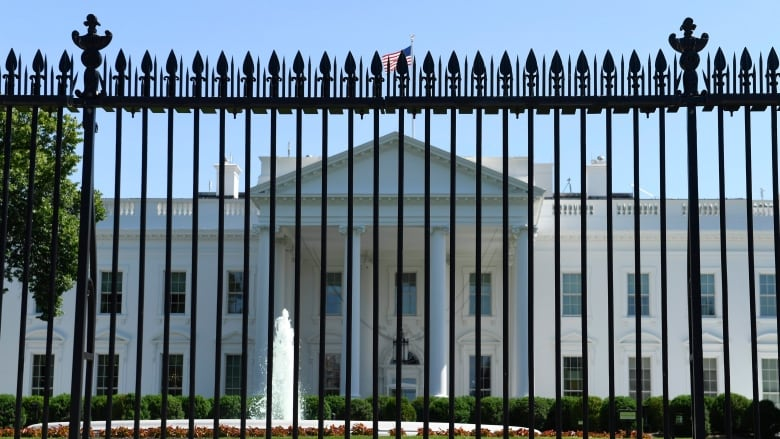 White House getting taller, stronger fence to ward off