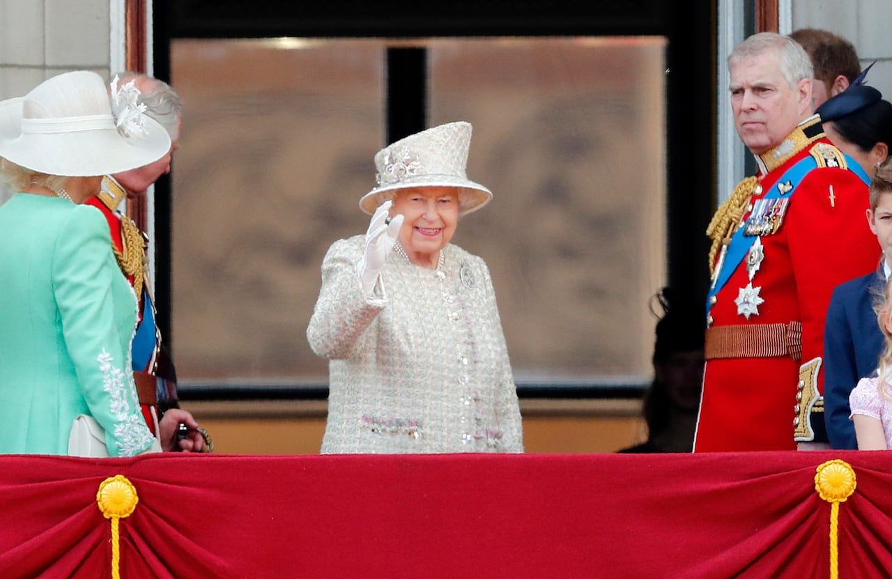 Queen Elizabeth marks official birthday with parade, honours   CBC News