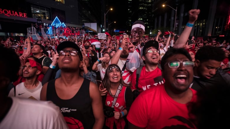 Montreal gets its own Jurassic Park for Raptors-Warriors Game 5