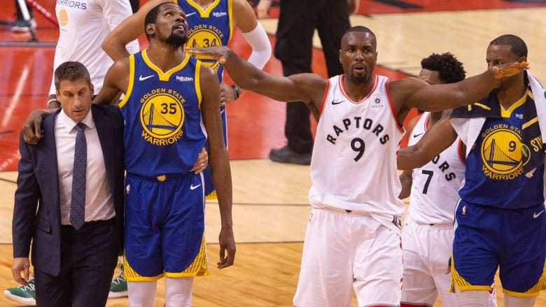 Cheering of Durant injury just another example of 'classless' fan behaviour