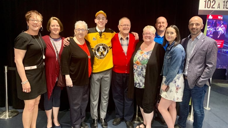 Cole Harbour hockey player puts heart concerns in the past