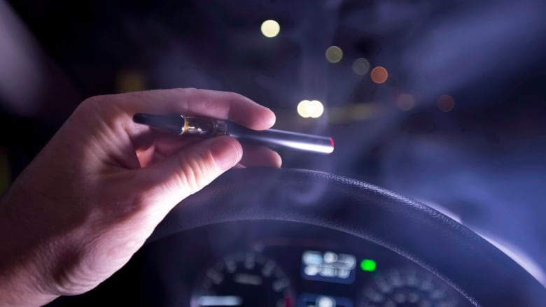 Taking low-THC marijuana doesn't increase a driver's risk of crashing, study finds
