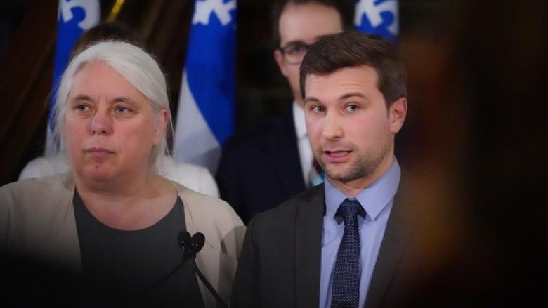 François Legault defends decision to quash debate over immigration, religious symbols bills