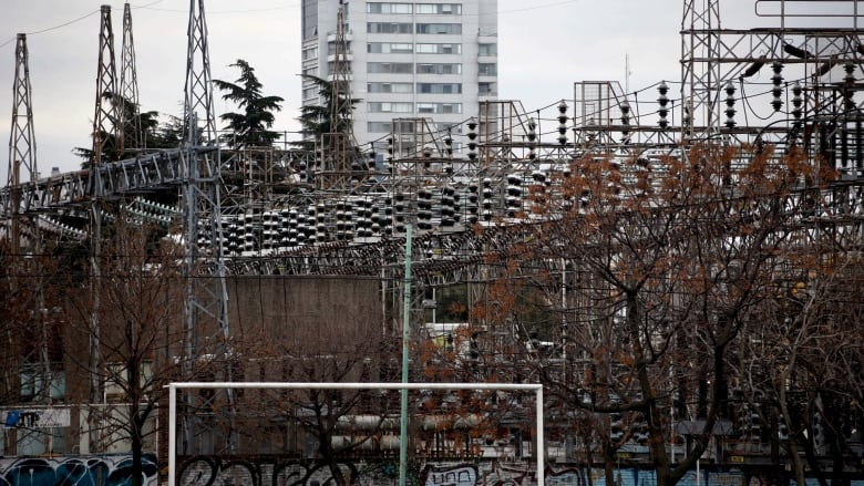 'Massive' power outage reported in Argentina and Uruguay