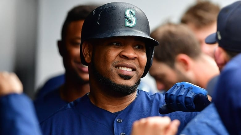 MLB Rumors: Yankees Set To Acquire Edwin Encarnacion From Mariners