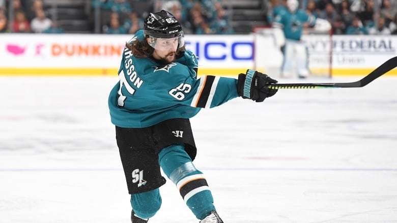 Erik Karlsson inks 8-year deal to stay in San Jose | CBC Sports
