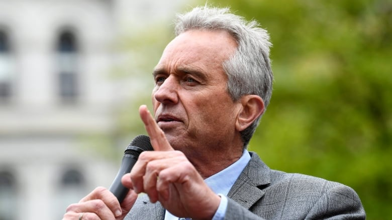 Robert F. Kennedy Jr. will speak at Surrey event despite outcry, board of trade says