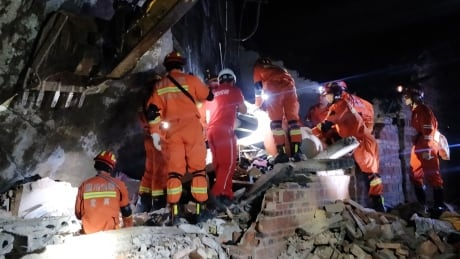 Earthquake in southern China kills 11 people, injures 122
