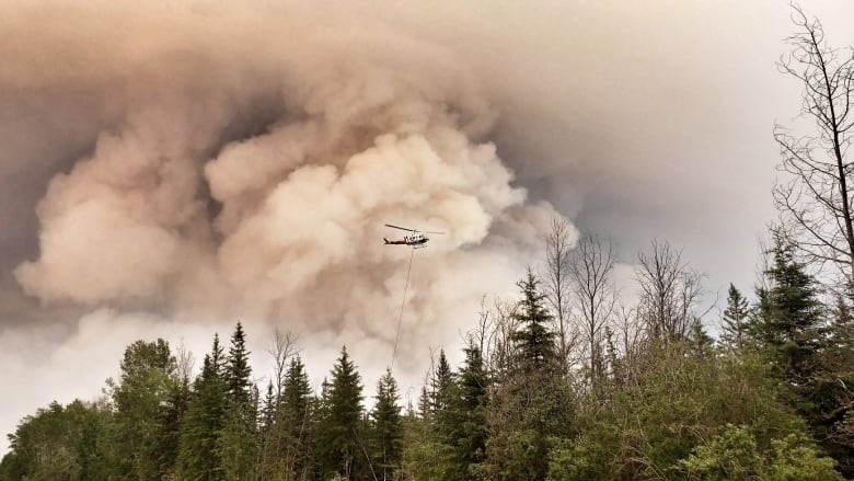 New evacuation orders issued as 'aggressive' northern Alberta wildfires grow