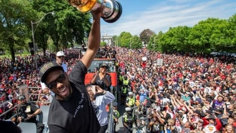 6 things you can count on seeing at every championship parade
