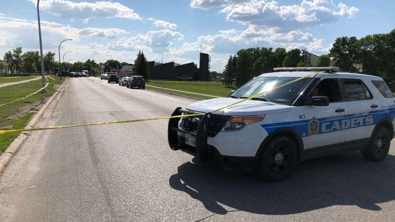 5-year-old dies after fatal car crash in Winnipeg's south end | CBC News
