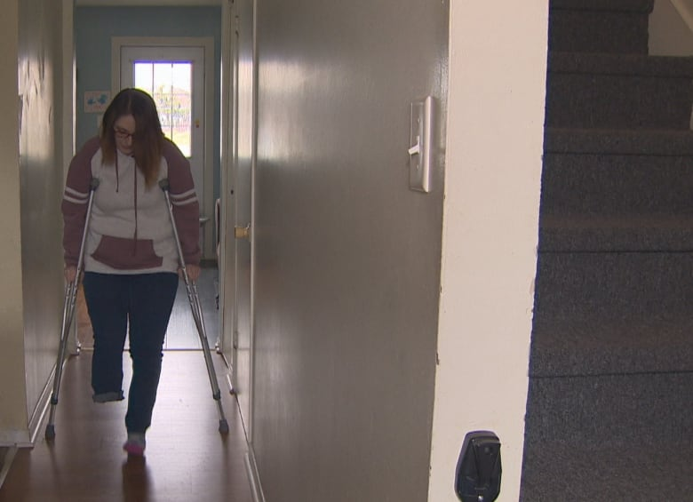 Woman says part of leg amputated after broken foot went