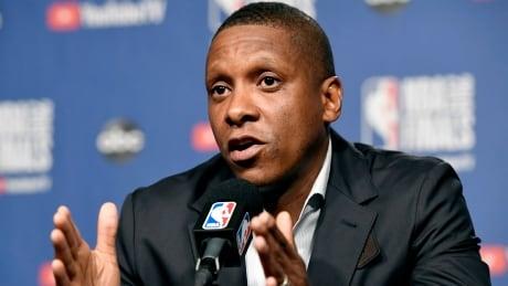 Raptors President-Deputy Hit Basketball