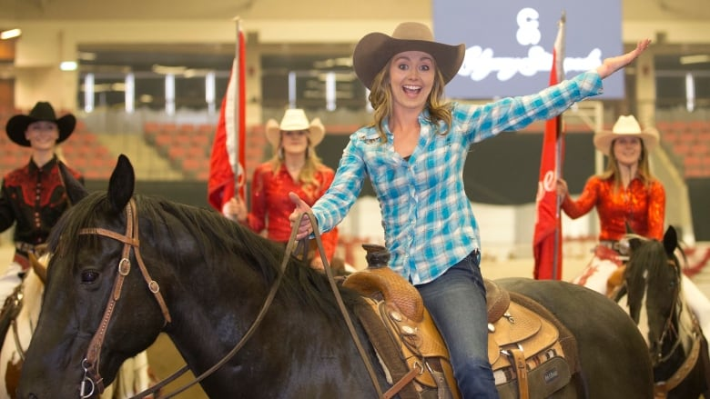 Actress Amber Marshall From Cbc S Heartland Series Is The