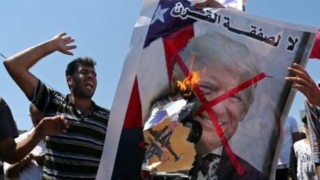 ISRAEL-PALESTINIANS/PLAN-PROTESTS
