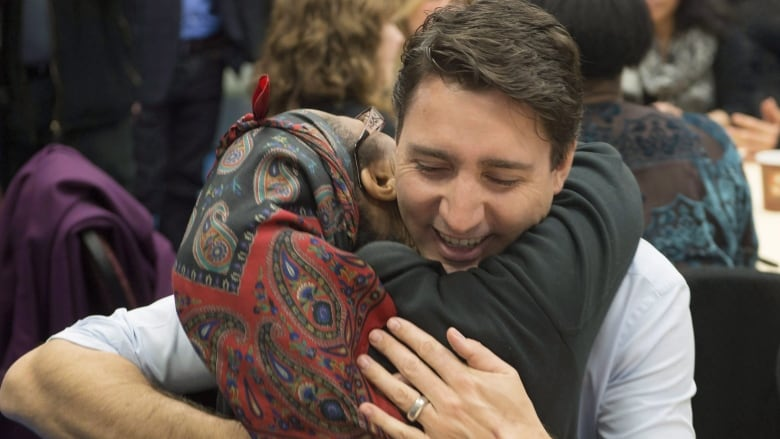 Indigenous and first-time voters split, new Canadians still prefer Liberals: CBC News poll