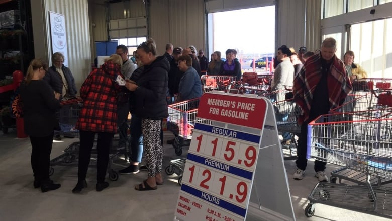 Shoppers line up ahead of new Costco opening