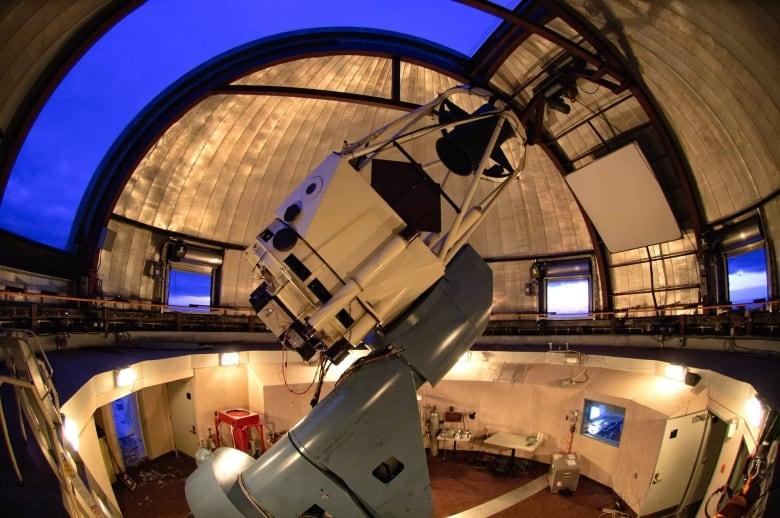 Stargazers get a rare treat at Mont-Mégantic's astronomy