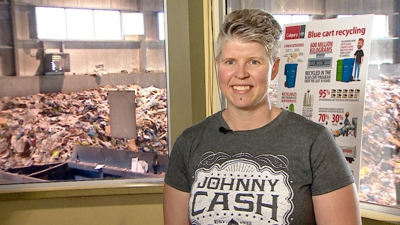 Don't bag your recycling, and other tips for Calgary's 10th blue cart anniversary